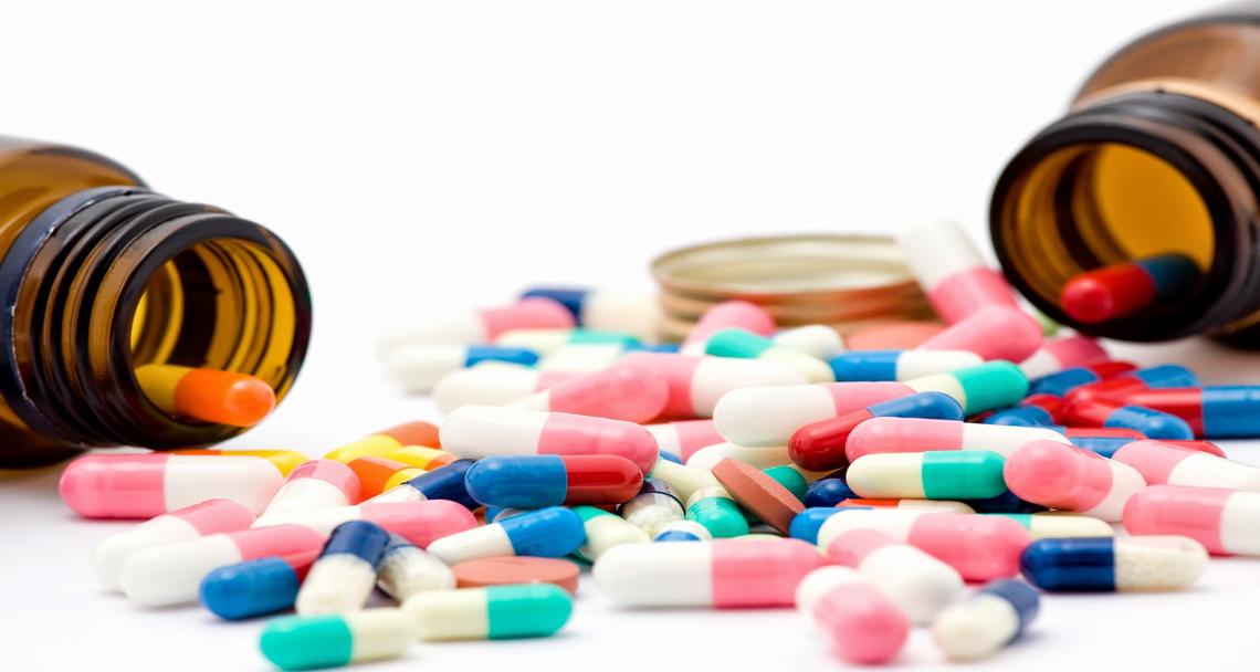 İlaç depoları ithal ilaç dağıtımını durdurmaya başladı