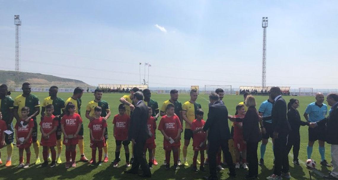 Dostluk ve barış maçı başladı- FOTO-VİDEO