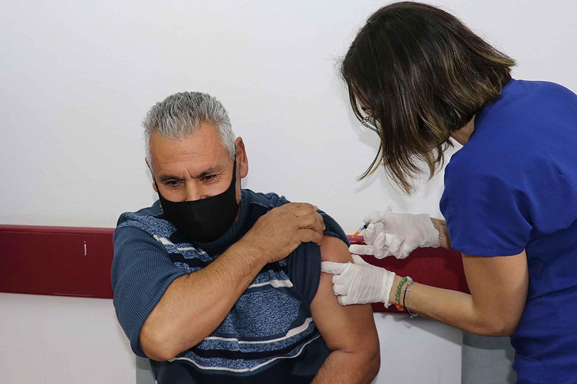 """""""AB aşıları konusunda ısrarlı girişimlerimiz sürüyor"""""""